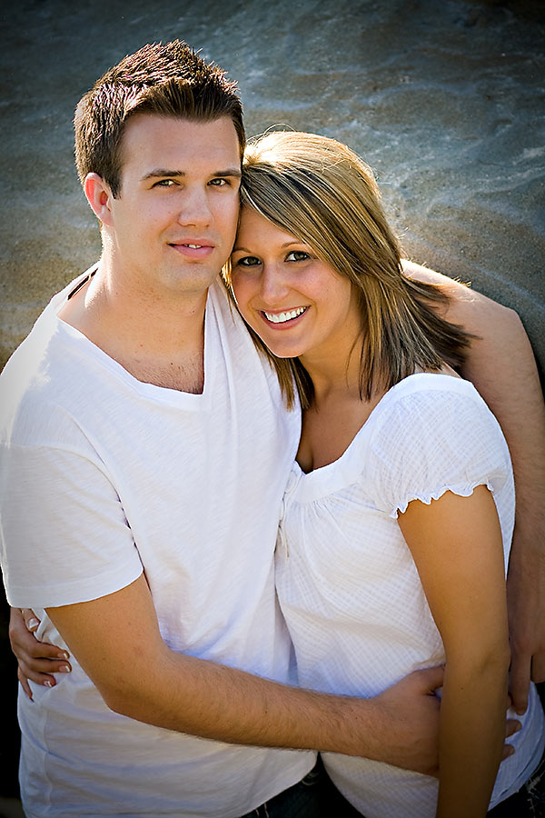 Engagement-Session-at-Wind-N-Sea-Beach
