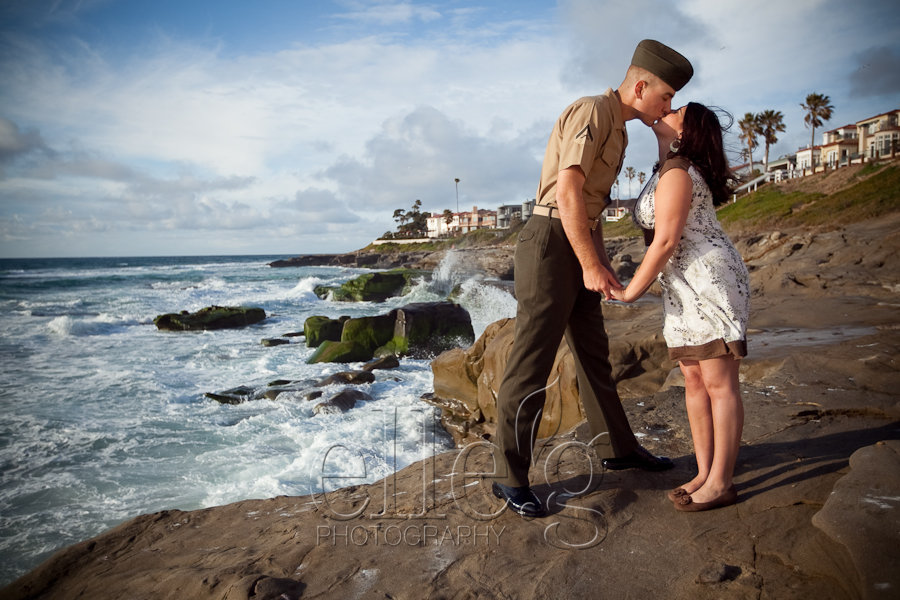 beach-engagement-session-by-elle.g-photography